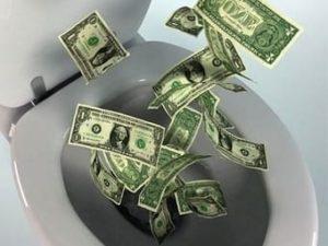 5 способов потерять деньги, зарабатывая